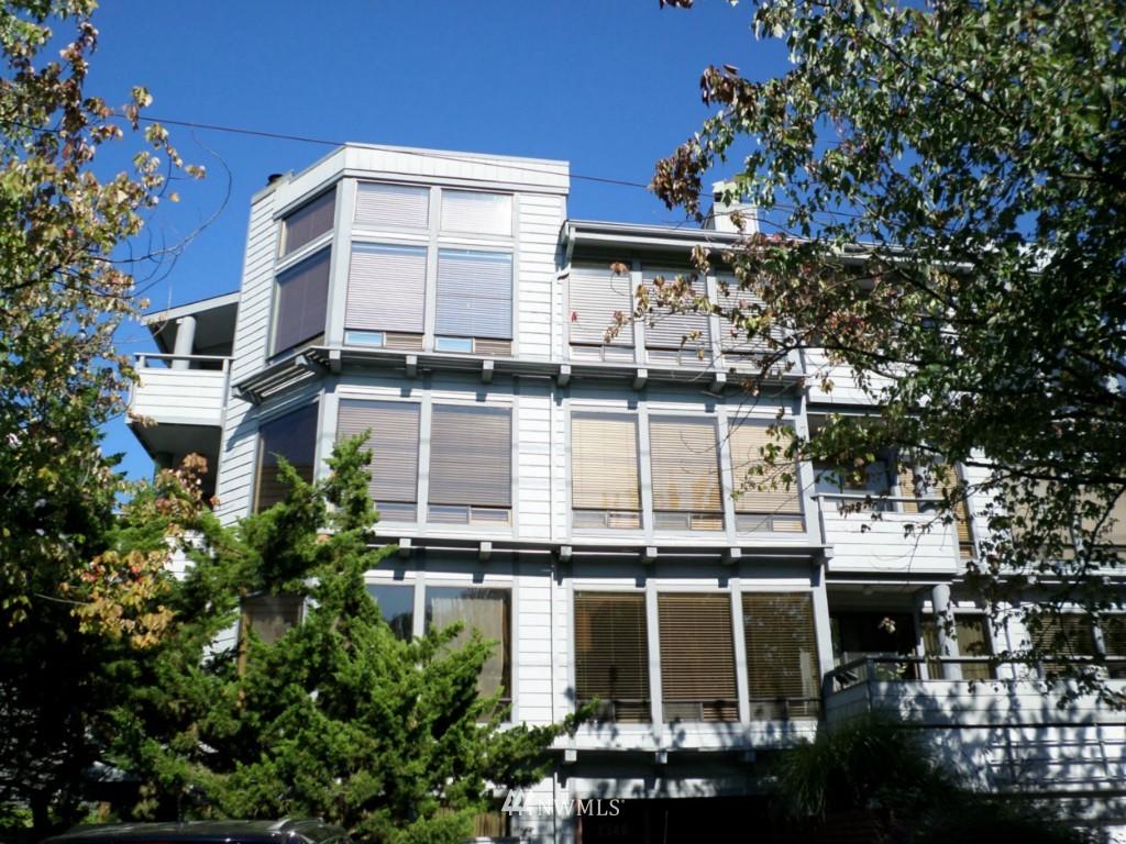 Sold Property | 2348 Fairview Avenue E #402 Seattle, WA 98102 0