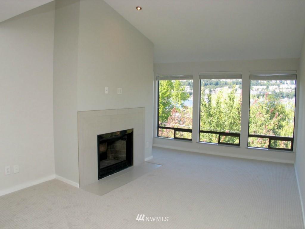 Sold Property | 2348 Fairview Avenue E #402 Seattle, WA 98102 2