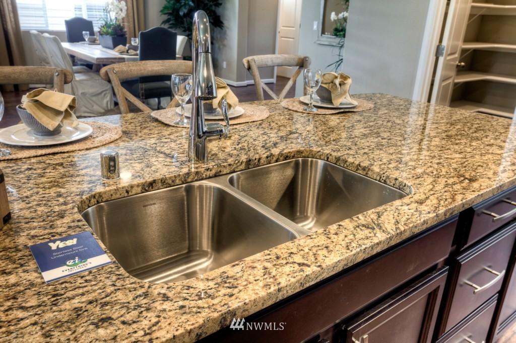 Sold Property | 8947 Corona Street NE Lacey, WA 98516 6
