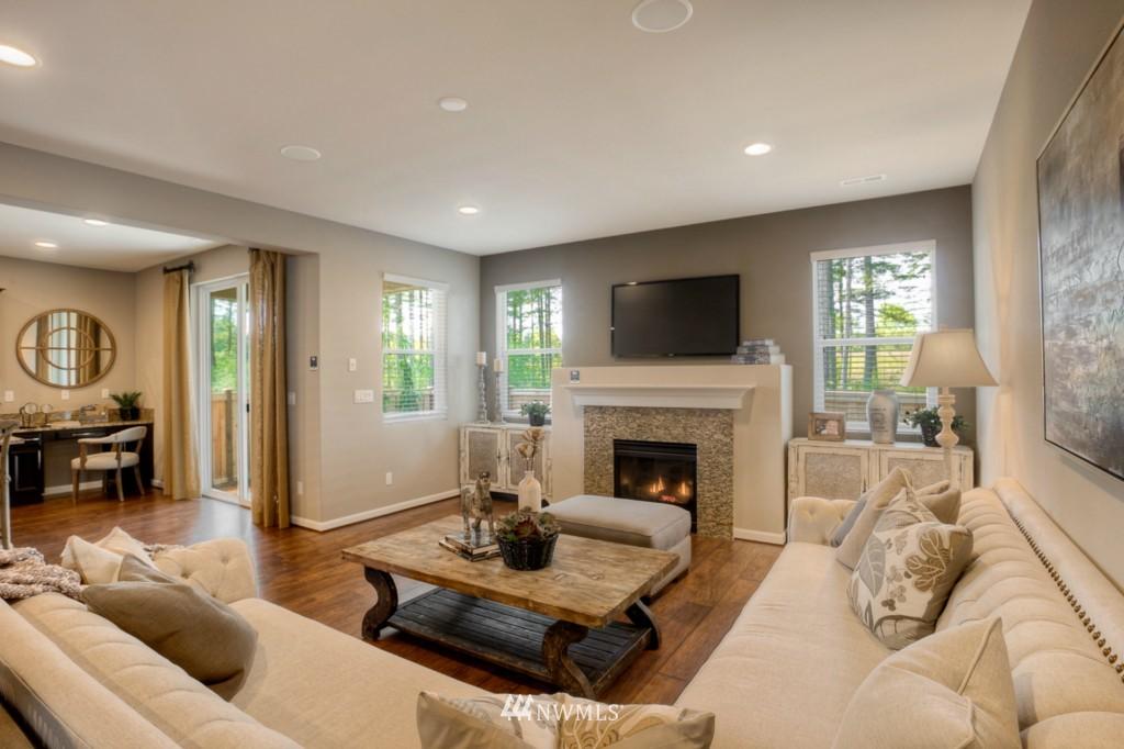 Sold Property | 8947 Corona Street NE Lacey, WA 98516 11