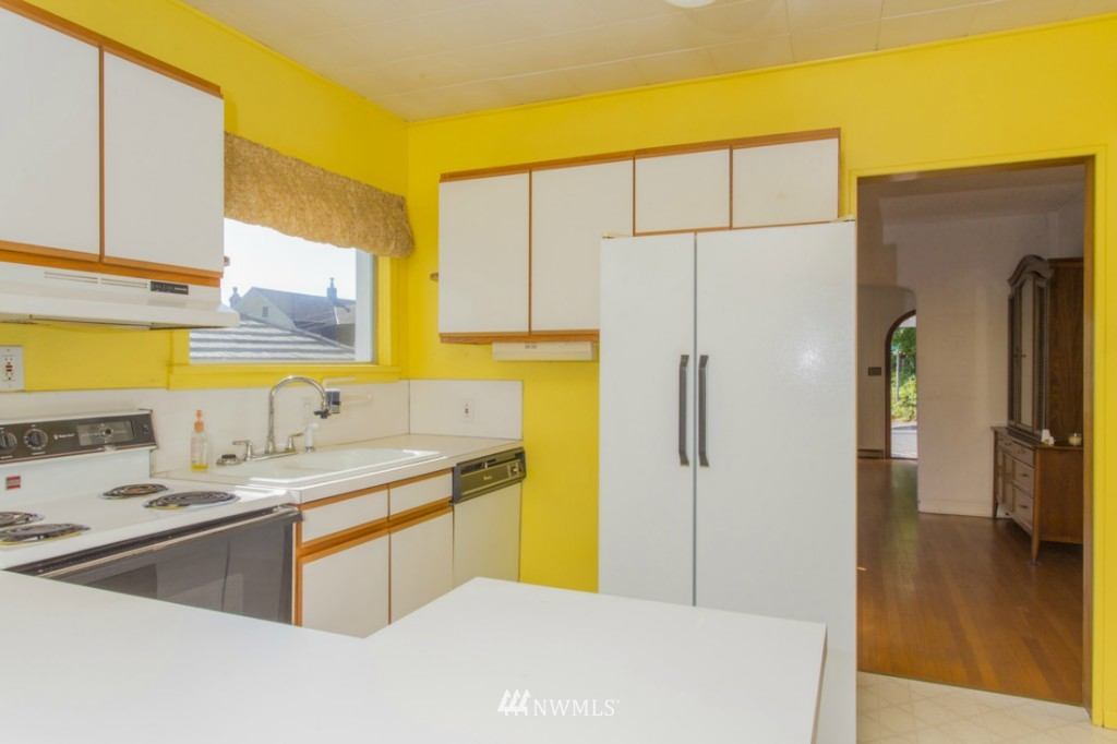 Sold Property   3722 E Jefferson Street Seattle, WA 98122 3