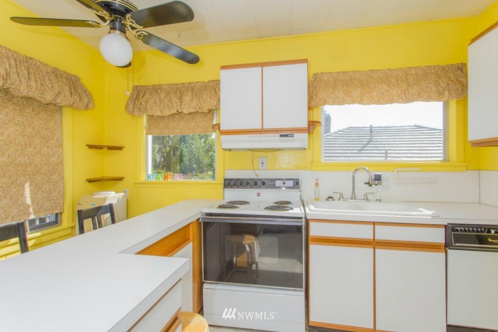 Sold Property   3722 E Jefferson Street Seattle, WA 98122 5