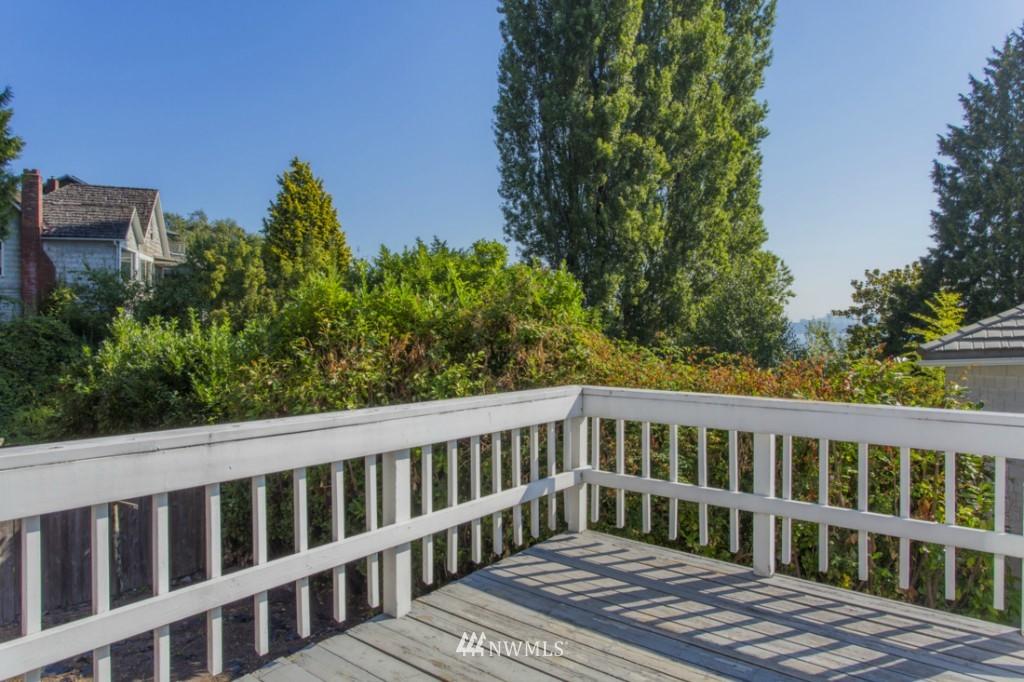 Sold Property   3722 E Jefferson Street Seattle, WA 98122 6