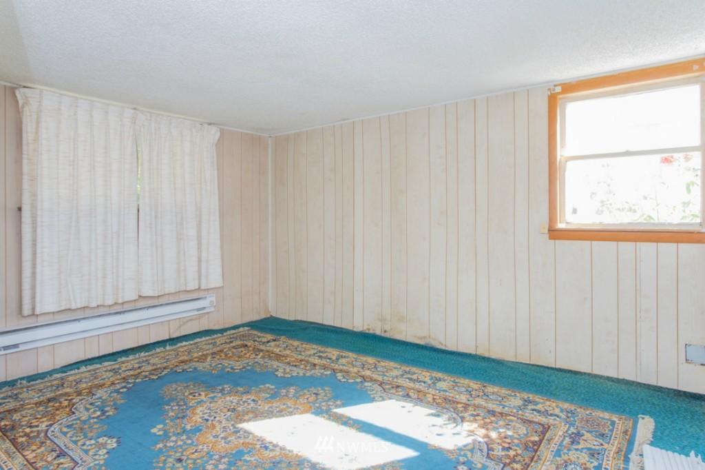 Sold Property   3722 E Jefferson Street Seattle, WA 98122 9