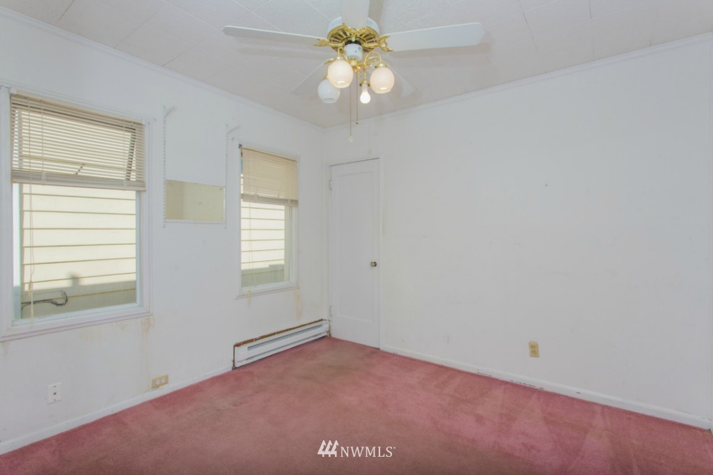 Sold Property   3722 E Jefferson Street Seattle, WA 98122 12