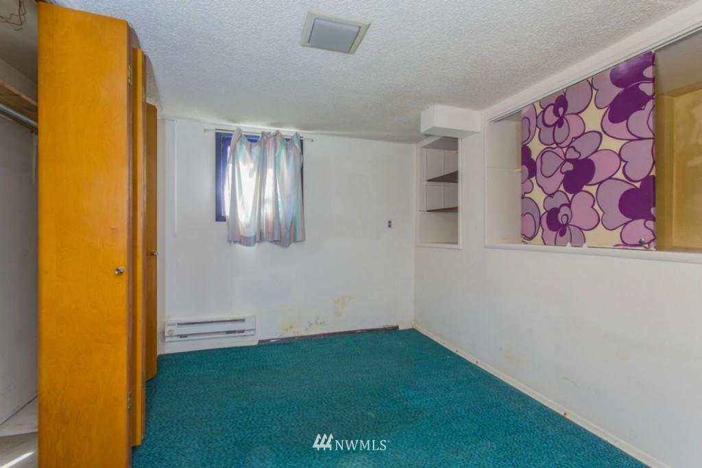 Sold Property   3722 E Jefferson Street Seattle, WA 98122 16