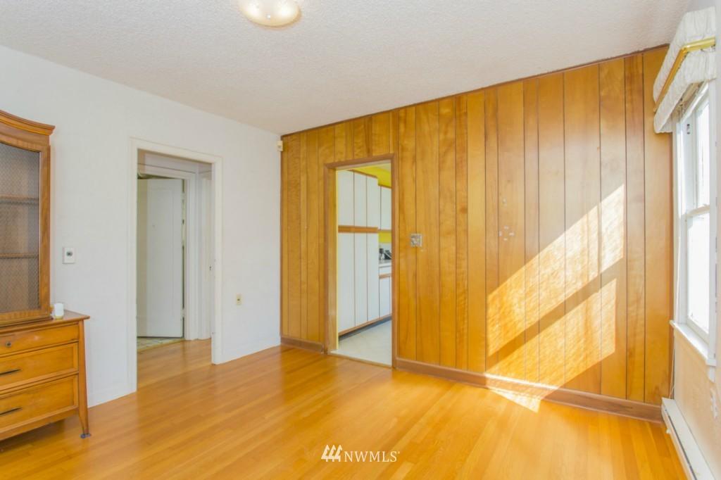 Sold Property   3722 E Jefferson Street Seattle, WA 98122 18