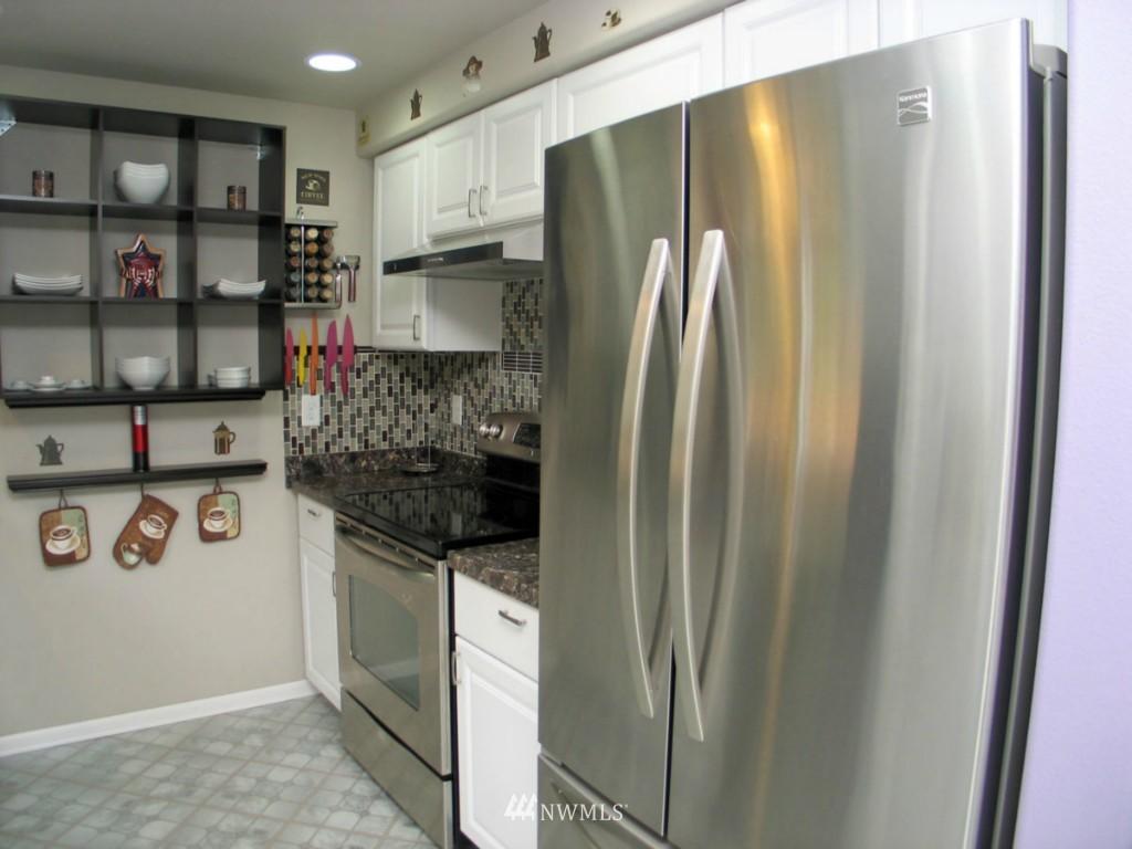 Sold Property | 1130 231st Avenue NE Snohomish, WA 98290 3