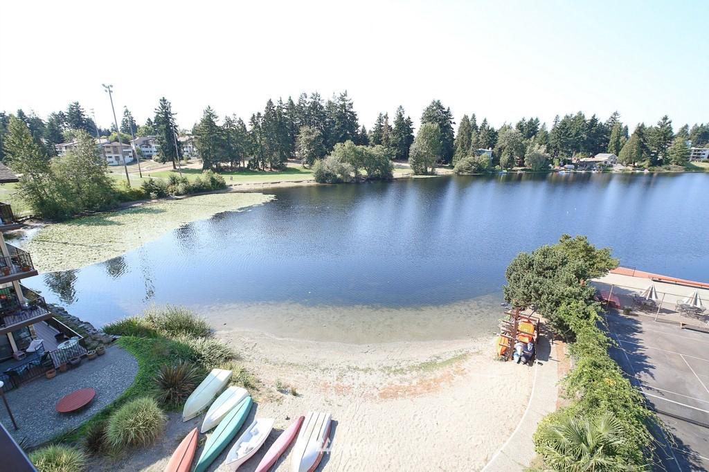 Sold Property | 13229 Linden Avenue N #405B Seattle, WA 98133 8