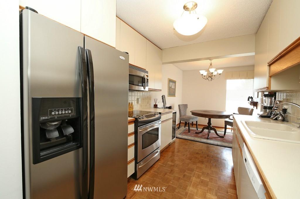 Sold Property | 13229 Linden Avenue N #405B Seattle, WA 98133 11