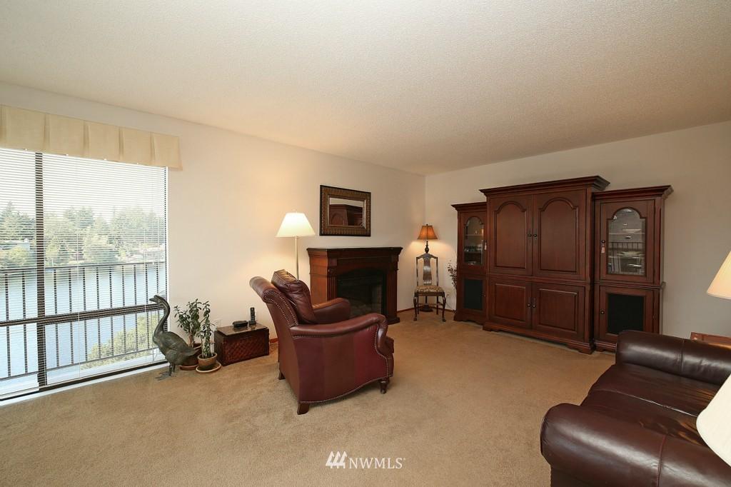 Sold Property | 13229 Linden Avenue N #405B Seattle, WA 98133 14