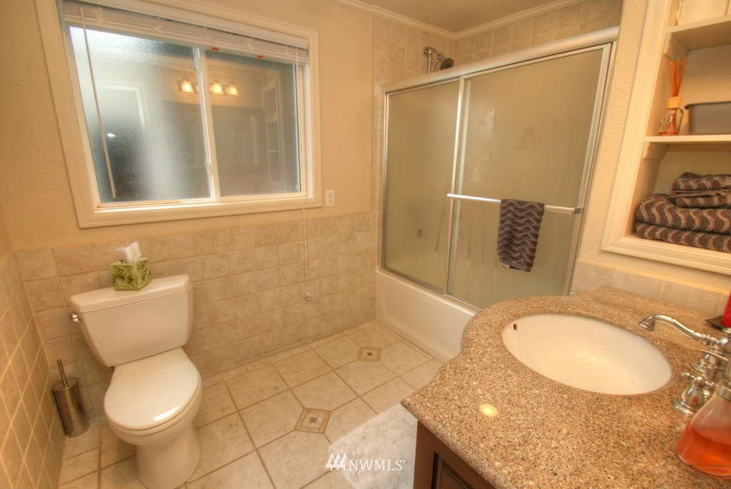 Sold Property | 13215 SE 151st Street Renton, WA 98058 23
