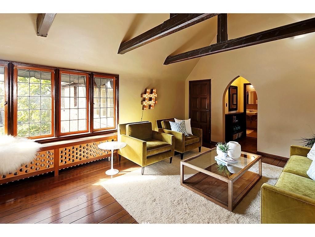 Sold Property | 750 Belmont Avenue E #17 Seattle, WA 98102 3