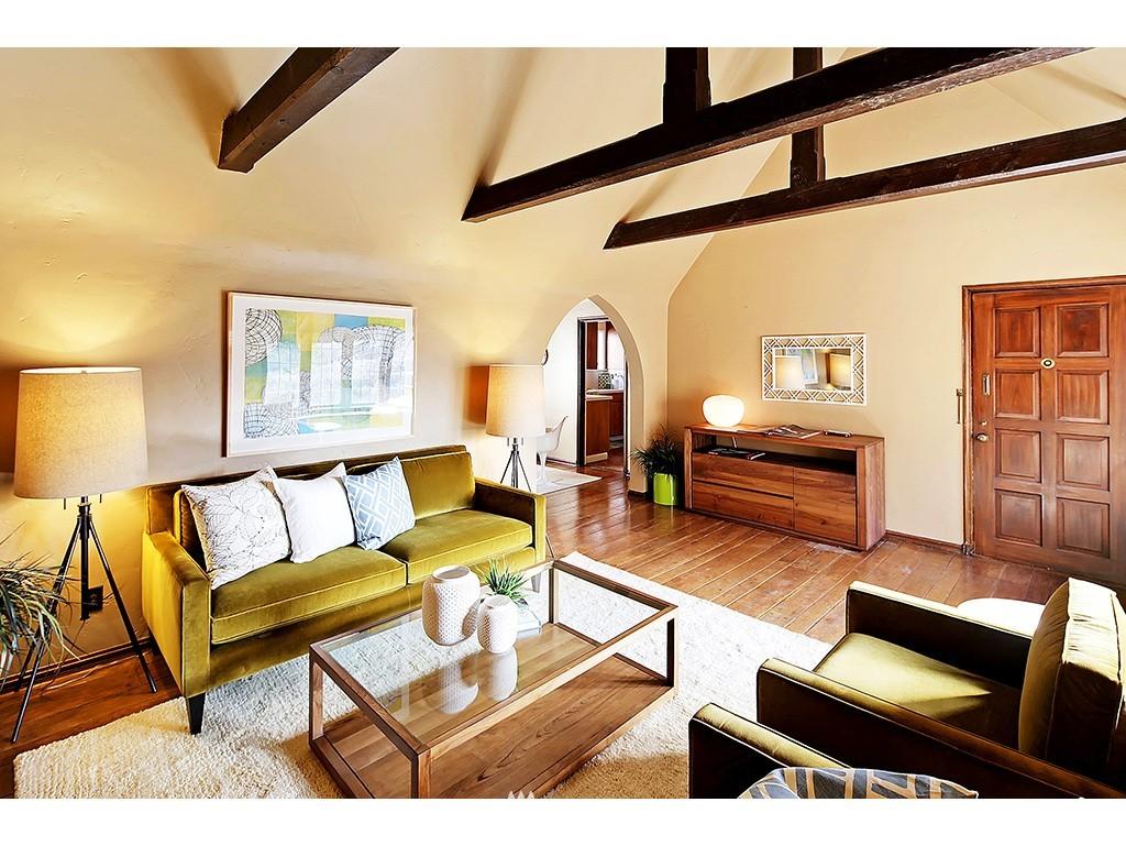 Sold Property | 750 Belmont Avenue E #17 Seattle, WA 98102 4