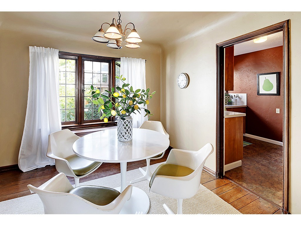 Sold Property | 750 Belmont Avenue E #17 Seattle, WA 98102 6