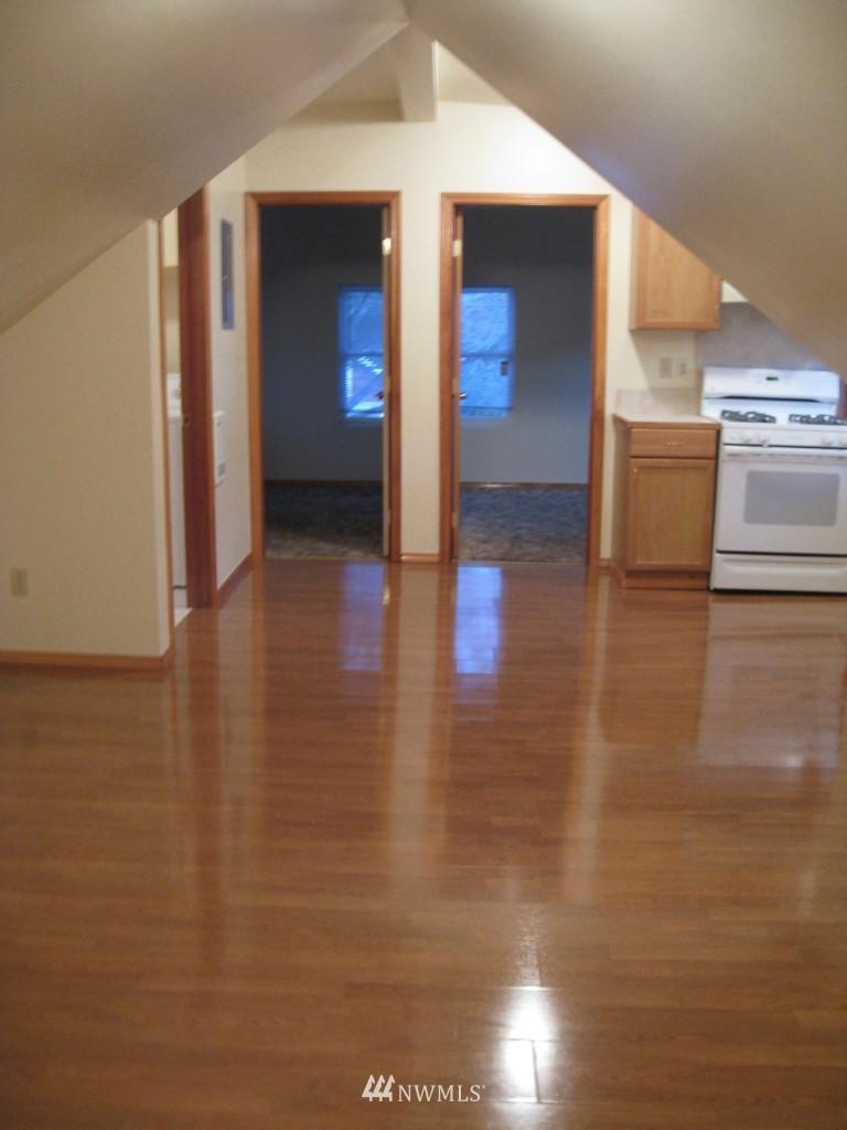 Sold Property   4708 7th Avenue NE Seattle, WA 98105 15