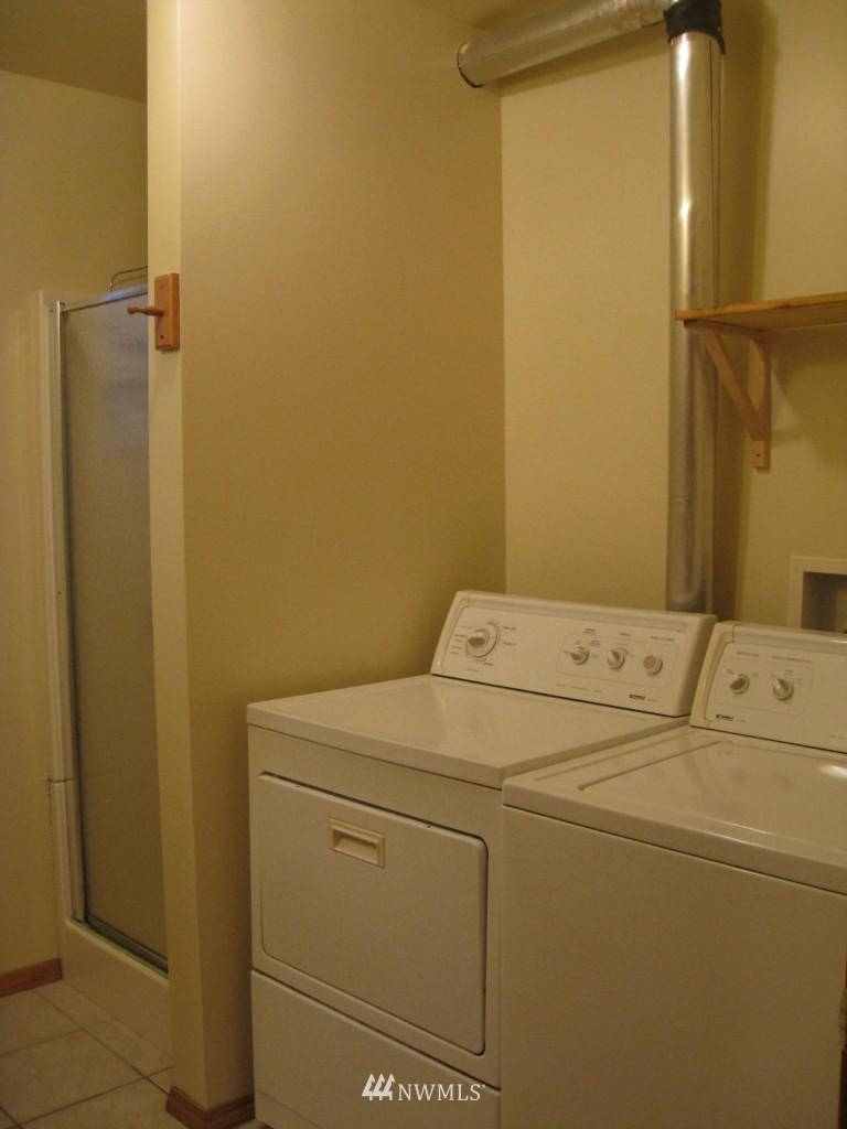 Sold Property   4708 7th Avenue NE Seattle, WA 98105 18