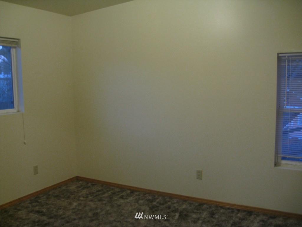 Sold Property   4708 7th Avenue NE Seattle, WA 98105 21