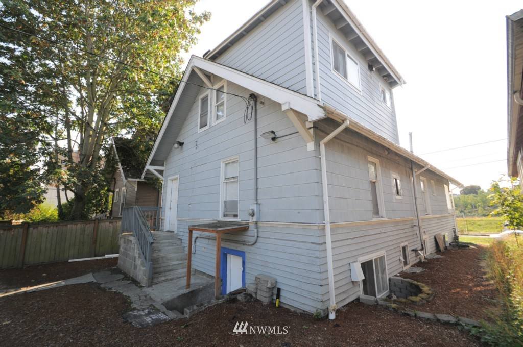 Sold Property   4708 7th Avenue NE Seattle, WA 98105 2