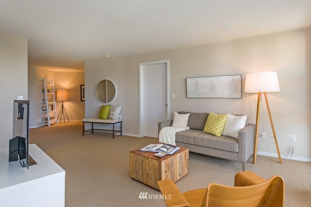 Sold Property | 232 Belmont Avenue E #403 Seattle, WA 98102 4