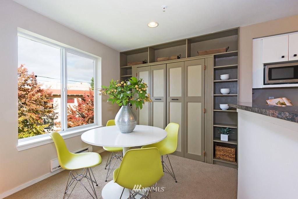 Sold Property | 232 Belmont Avenue E #403 Seattle, WA 98102 6