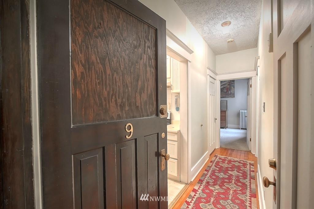 Sold Property | 409 16th Avenue E #9 Seattle, WA 98112 3