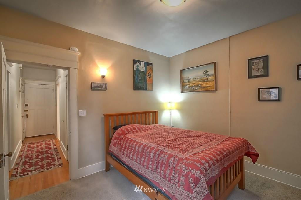 Sold Property | 409 16th Avenue E #9 Seattle, WA 98112 13