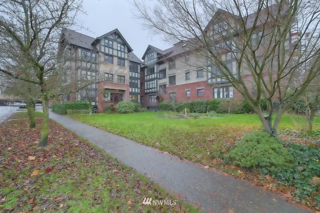 Sold Property | 409 16th Avenue E #9 Seattle, WA 98112 21