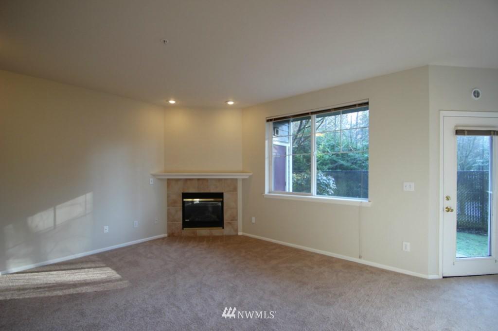 Sold Property | 13000 Admiralty Way #A-106 Everett, WA 98204 6