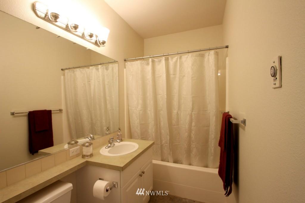 Sold Property | 13000 Admiralty Way #A-106 Everett, WA 98204 8