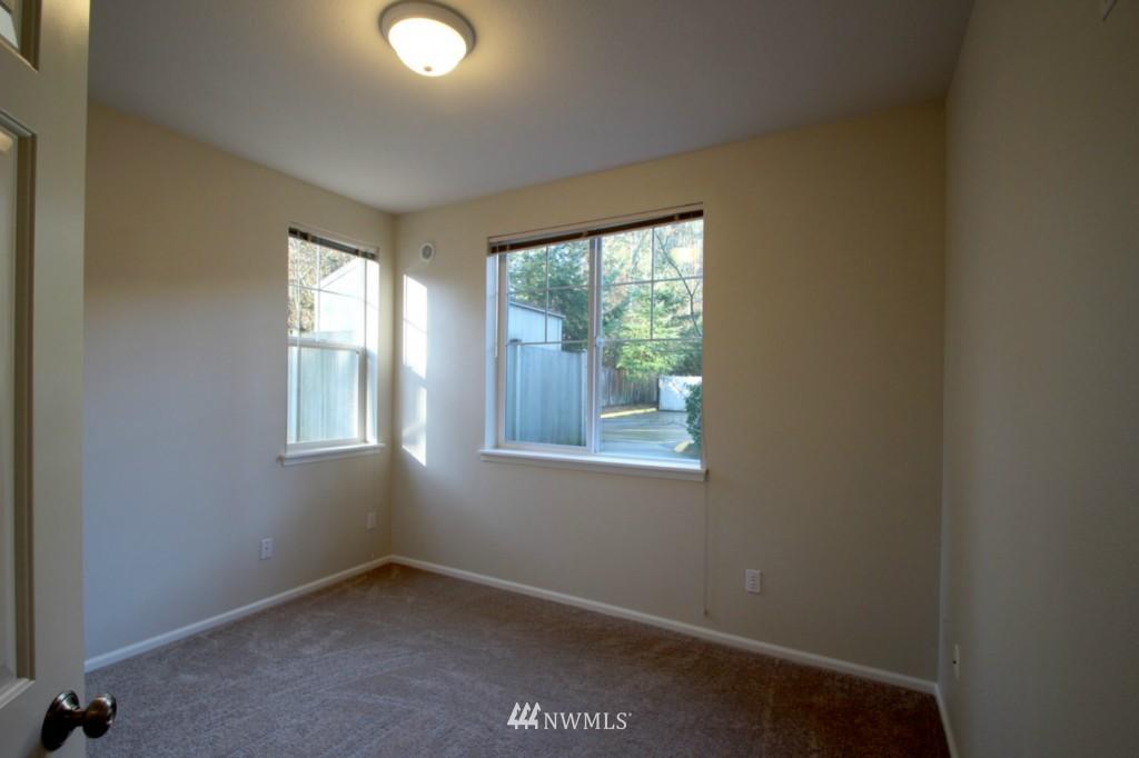Sold Property | 13000 Admiralty Way #A-106 Everett, WA 98204 10