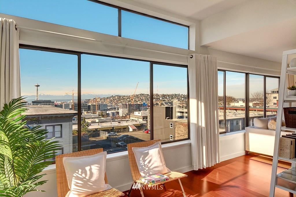 Sold Property   211 Summit Avenue E #S421 Seattle, WA 98102 5