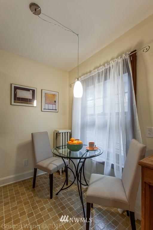 Sold Property | 408 Bellevue Avenue E #305 Seattle, WA 98102 6