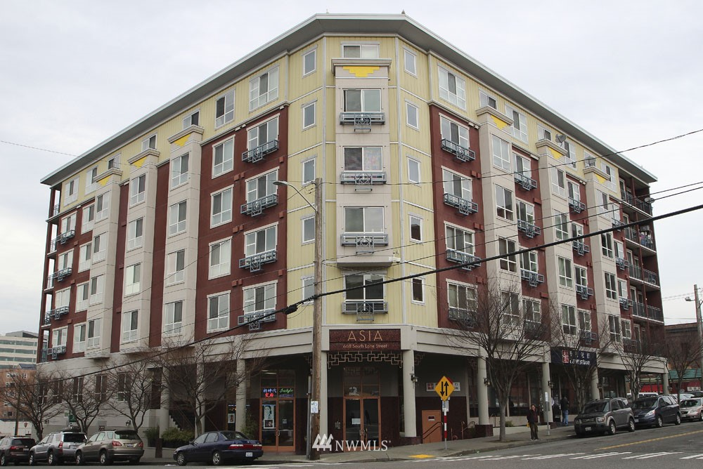 Sold Property | 668 S Lane Street #604 Seattle, WA 98104 0