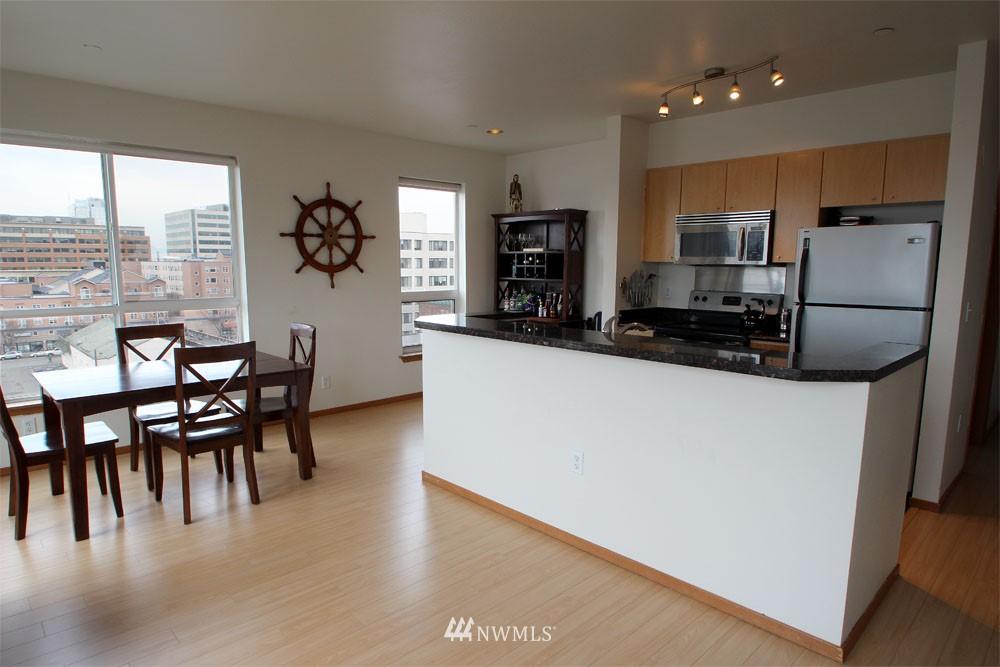 Sold Property | 668 S Lane Street #604 Seattle, WA 98104 3