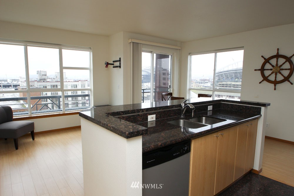 Sold Property | 668 S Lane Street #604 Seattle, WA 98104 6