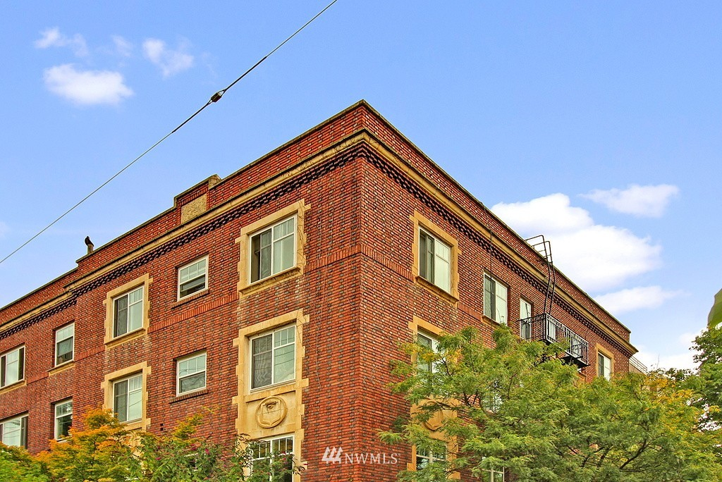 Sold Property | 1107 E Denny Way #A-5 Seattle, WA 98122 10