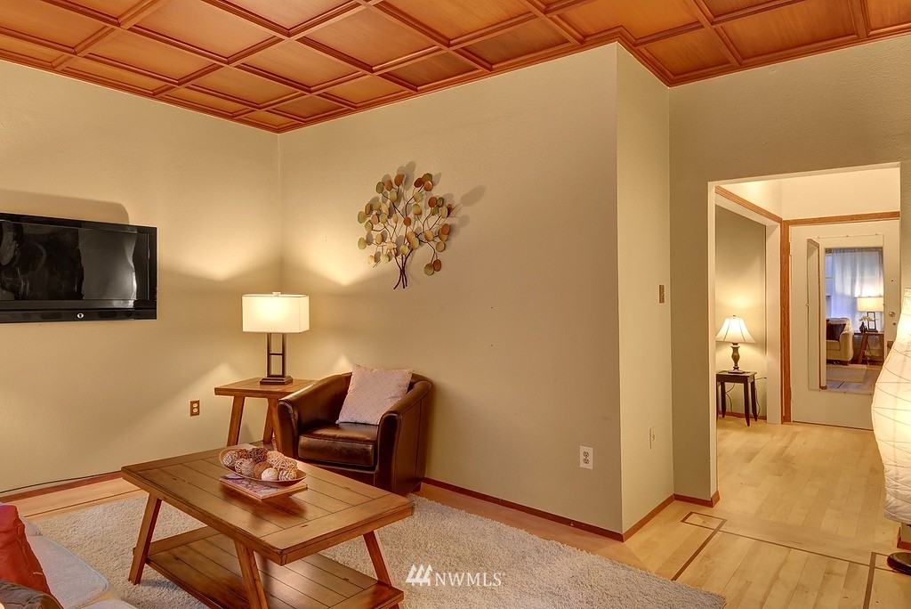 Sold Property | 1107 E Denny Way #A-5 Seattle, WA 98122 3