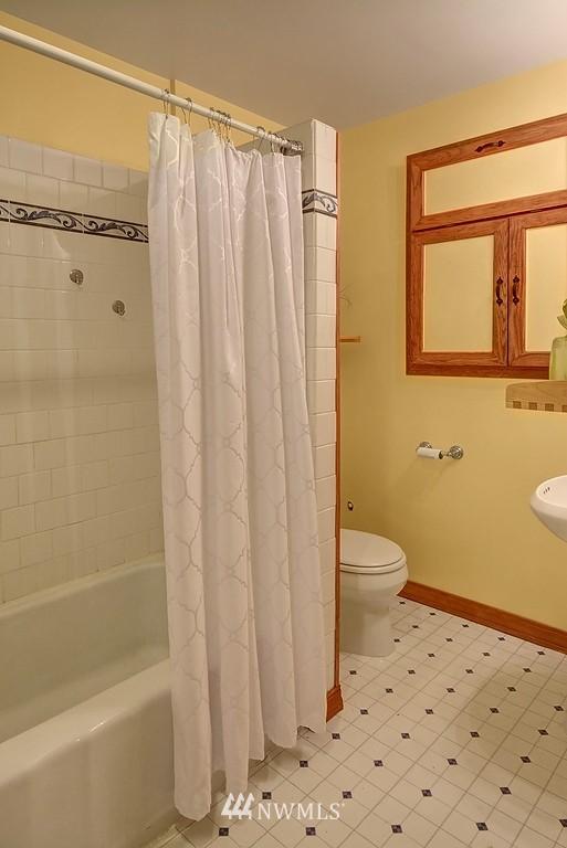 Sold Property | 1107 E Denny Way #A-5 Seattle, WA 98122 7