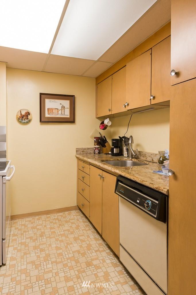 Sold Property | 308 E Republican Street #306 Seattle, WA 98102 5