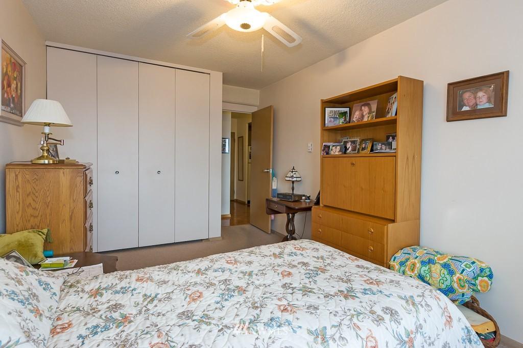 Sold Property | 308 E Republican Street #306 Seattle, WA 98102 8