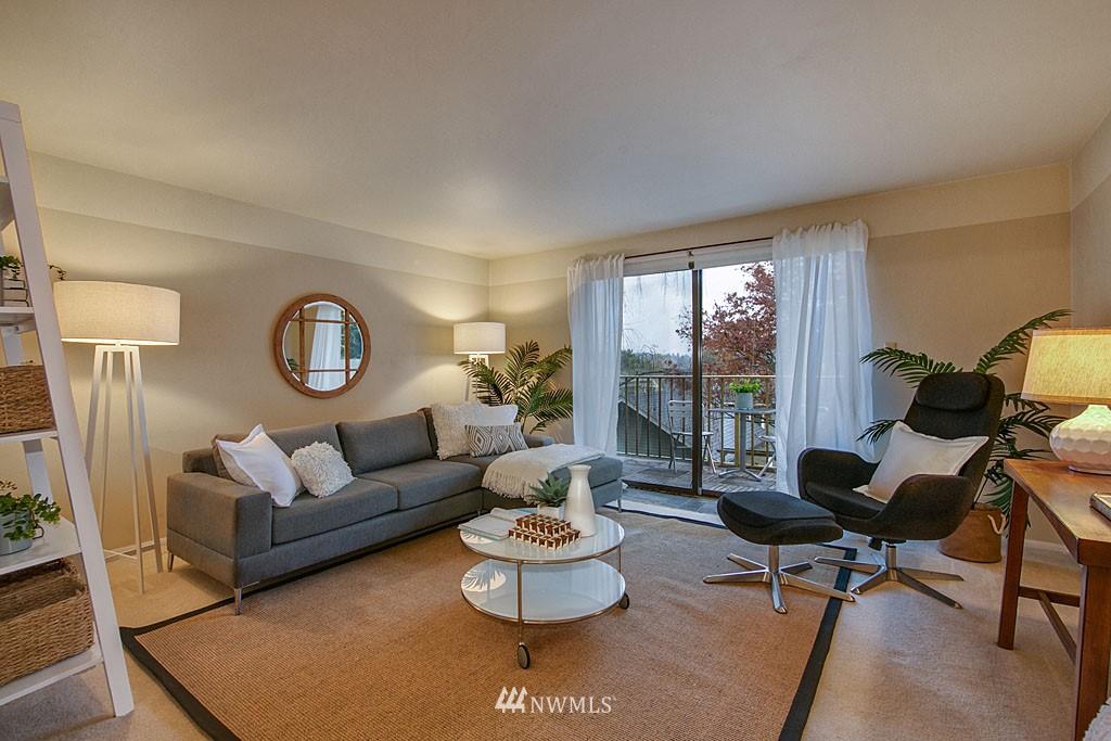 Sold Property | 911 N 73rd Street #205 Seattle, WA 98103 2