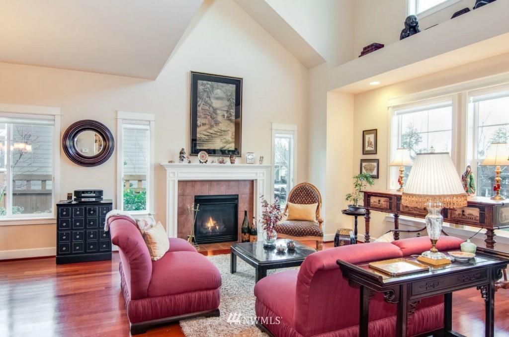 Sold Property | 2133 NE Natalie Way Issaquah, WA 98029 2
