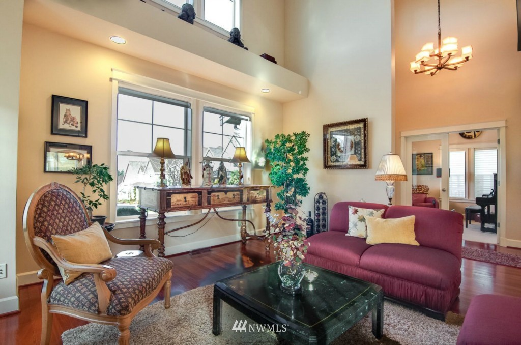 Sold Property | 2133 NE Natalie Way Issaquah, WA 98029 3