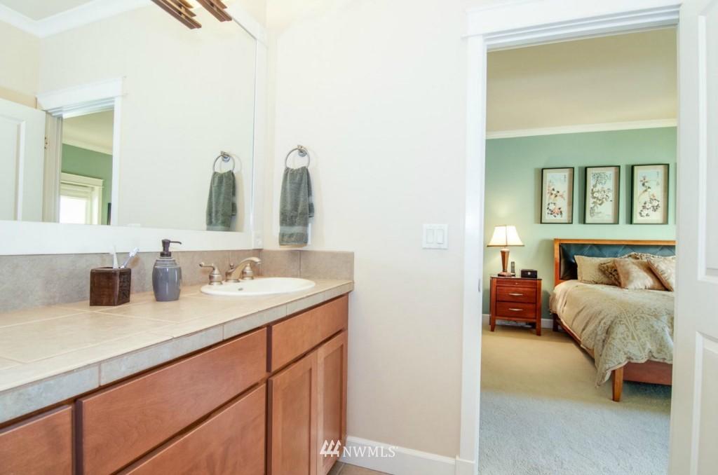 Sold Property | 2133 NE Natalie Way Issaquah, WA 98029 13