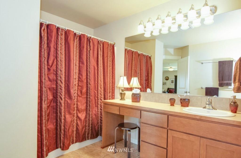 Sold Property | 2133 NE Natalie Way Issaquah, WA 98029 15