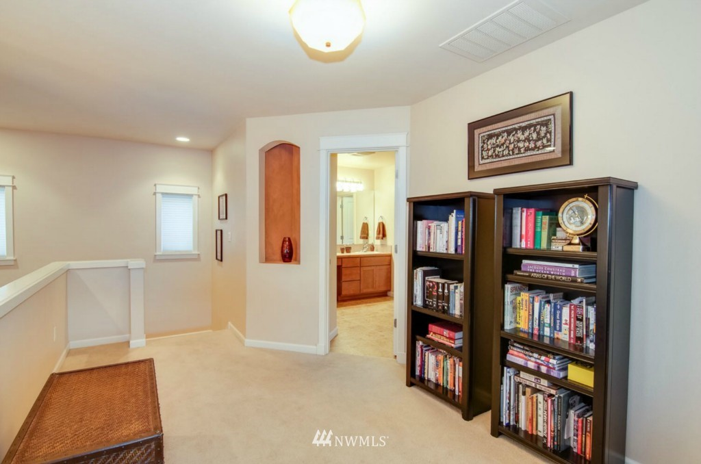 Sold Property | 2133 NE Natalie Way Issaquah, WA 98029 16