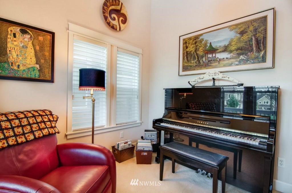 Sold Property | 2133 NE Natalie Way Issaquah, WA 98029 18