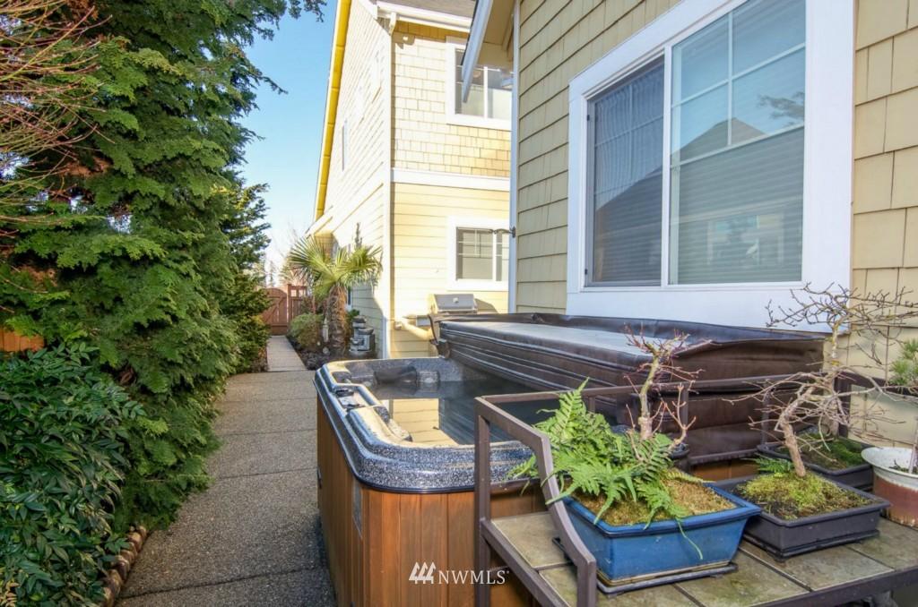 Sold Property | 2133 NE Natalie Way Issaquah, WA 98029 20
