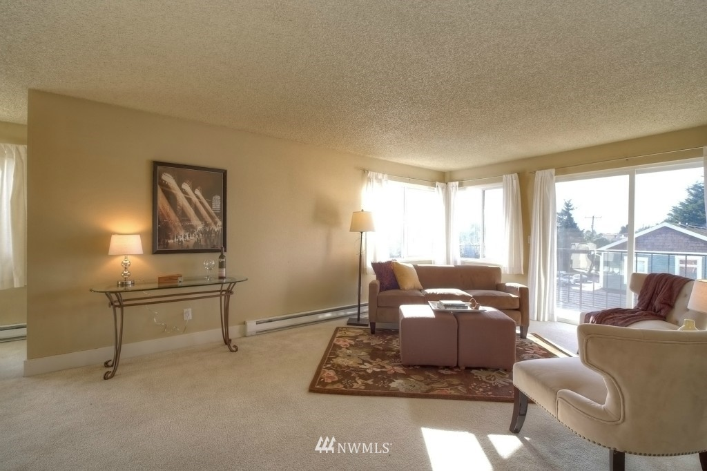 Sold Property | 6501 24th Avenue NW #202 Seattle, WA 98117 3